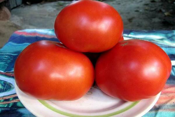 томат Красным красно